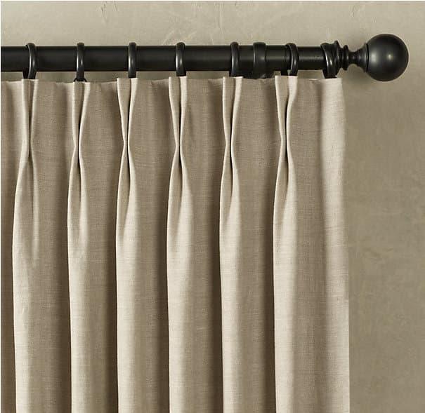 Крепление шторы с помощью рожковых крючков