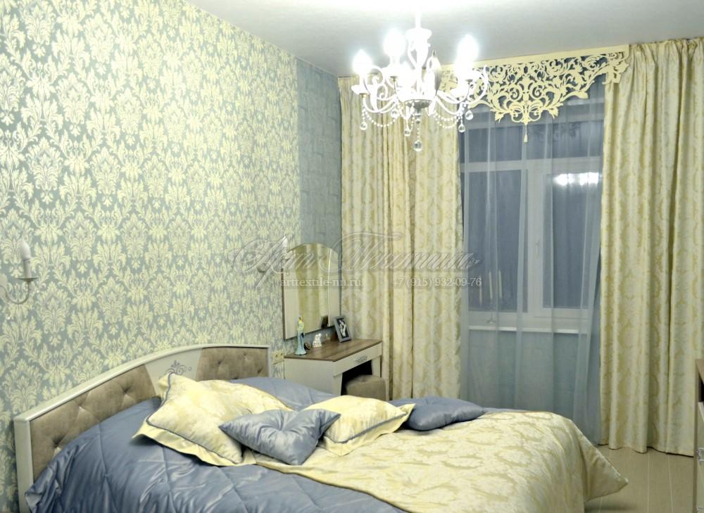 Ажурный ламбрекен для спальниЭтот комплект для спальни смотрится просто волшебно! Ажурный ламбрекен добавляет волшебства в классический интерьер.