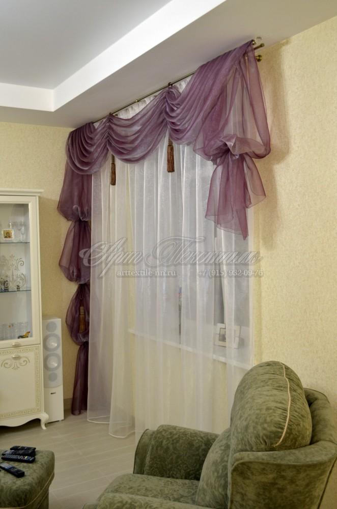 Декоративное оформление окна в гостиной, ламбрекенДекоративное оформление окна в гостиной, ламбрекен