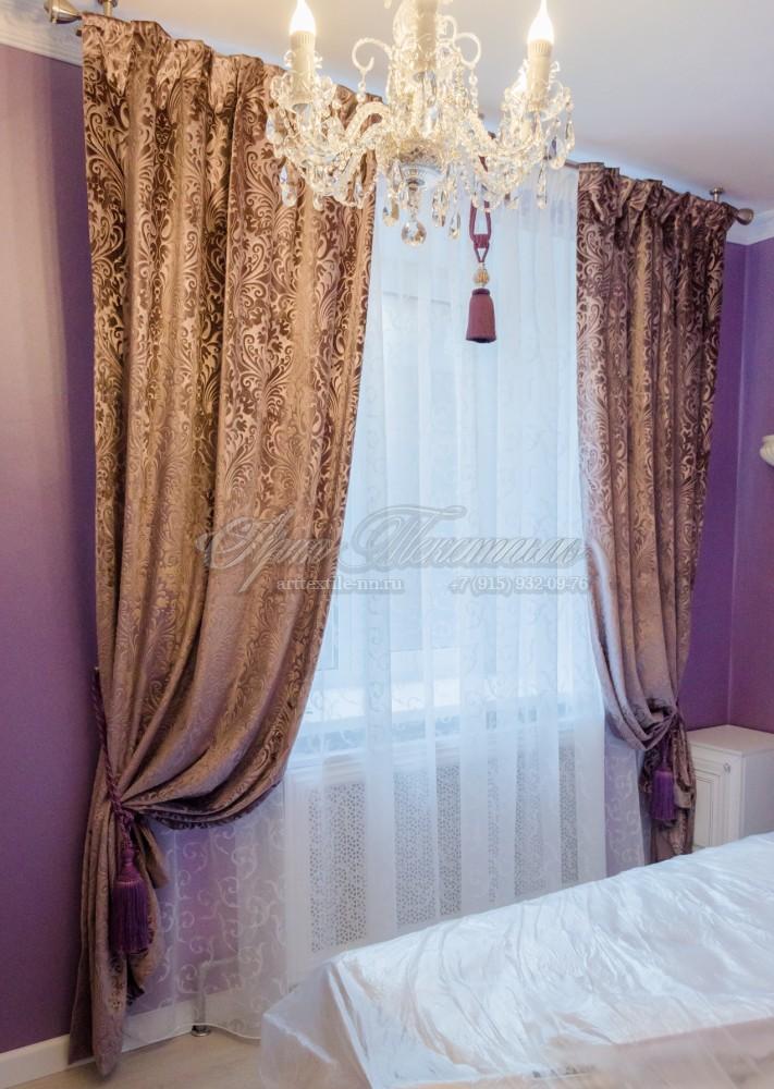 """Шторы из тисненого бархата для спальни в классическом стилеОчень понравилась ткань, бархат с тиснением рисунка """"дамаск"""""""