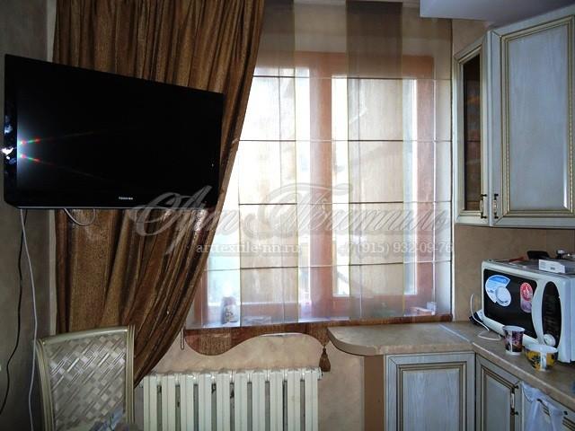 Римская штора для кухни в классическом стиле