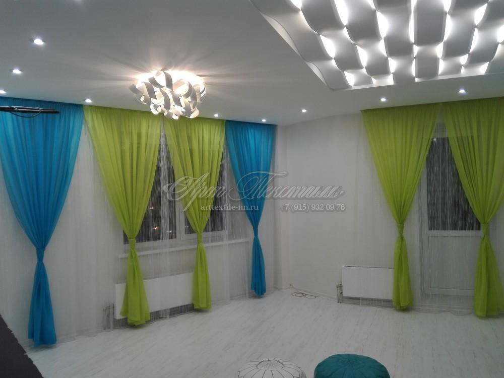 Оформление гостиной, шторы салатовый и бирюзовый цветОформление гостиной, шторы салатовый и бирюзовый цвет