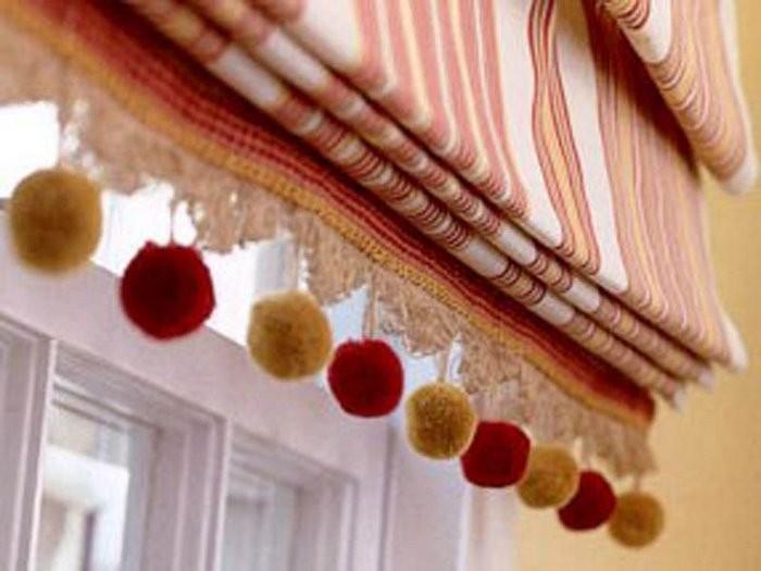 Римские шторы22 тесьма помпоны полоса красный