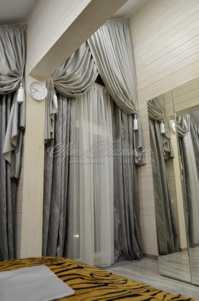 Шторы на косое мансардное окно. Цвет серый камень. Высота 4.3 метра
