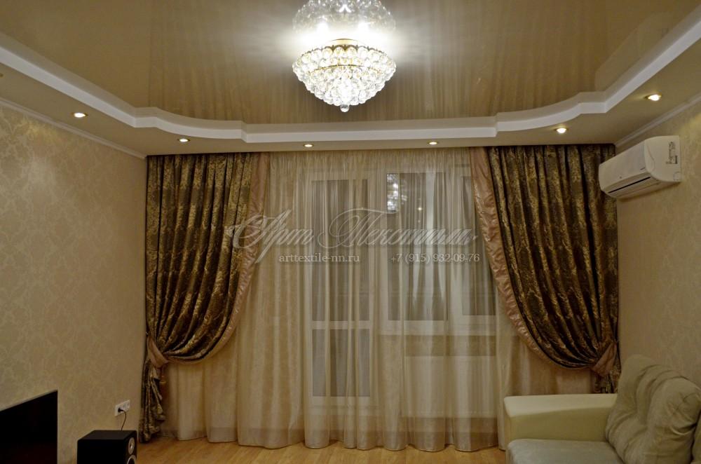 Классические шторы для гостиной, с окантовкой