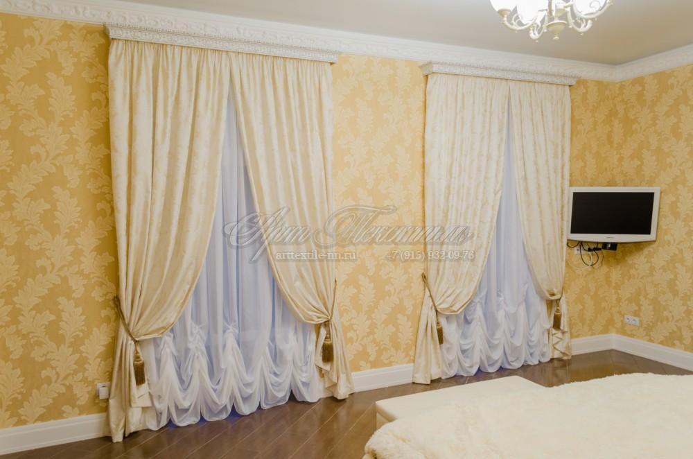 Шторы для спальни в классическом стиле, с кистямиШторы для спальни в классическом стиле, с кистями