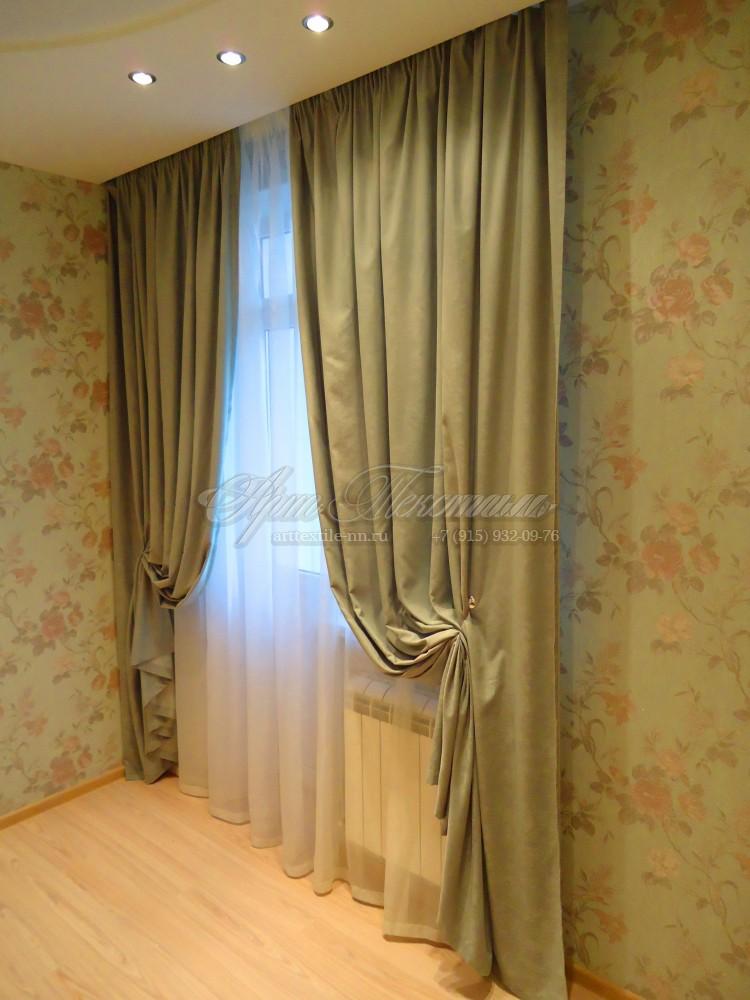 Штора для спальни. Зеленая+розы.